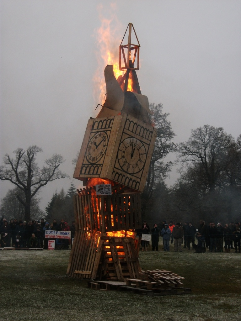 The fire sculpture to finish the afternoon off - 3rd January 2011